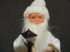 Mikołaj grający biały  (4)