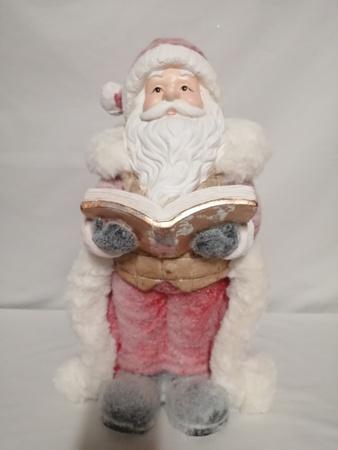 Figurka  Mikołaj - figurka wykonana z gipsu (1)